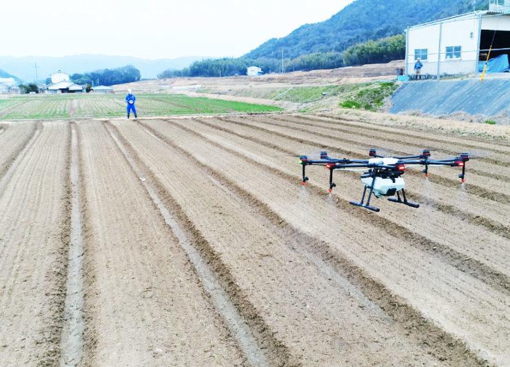 ドローンスクールジャパンの「スマート農業コース」ってどんな内容?ドローンによる農薬散布の技術を身につける専門コース