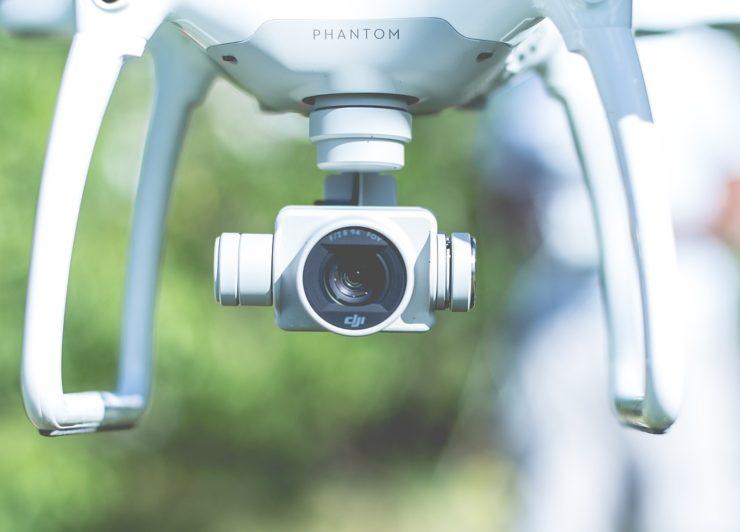 ドローンのカメラの「センサーサイズ」って何?フルサイズ・1インチ・APS-Cなどの違いを解説