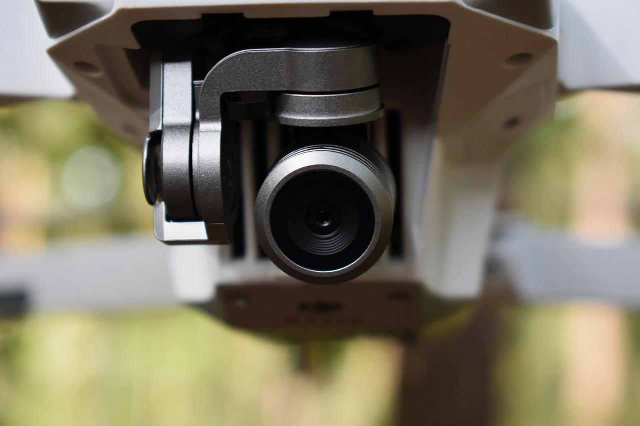 ドローンのFPVって何?ドローン視点で空撮が楽しめるFPVドローンを紹介